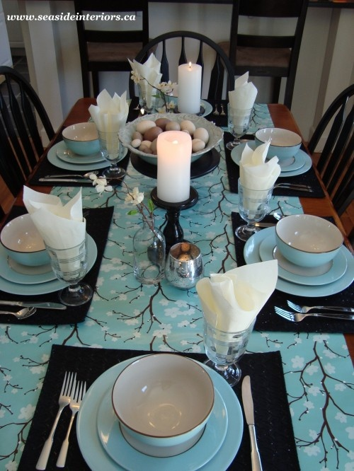 Stylish egg blue tablescape. Yes please. & 218 best Robins Egg Blue Dishes images on Pinterest   Tea pots ...