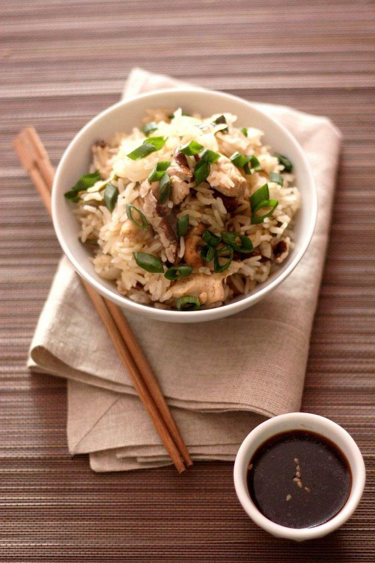"""Tiphaine du blog """"gourmandiseries"""" vous livre sa recette de délicieux riz thaï au poulet mariné et shiitaké réalisée avec le cuiseur vapeur seb steam n'light"""