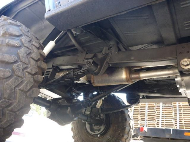 Ford Bronco early Ford small SUV underside suspension