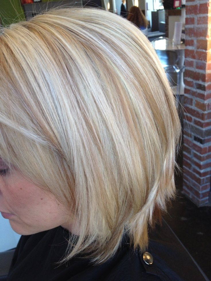Highlight Color Short Hair Perfectly Placed Lowlights For A Blonde Hair Pinterest