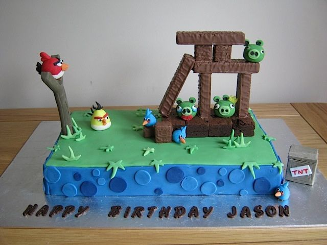 My 4 year old's b-day cake. Why did I let him look at angry birds?