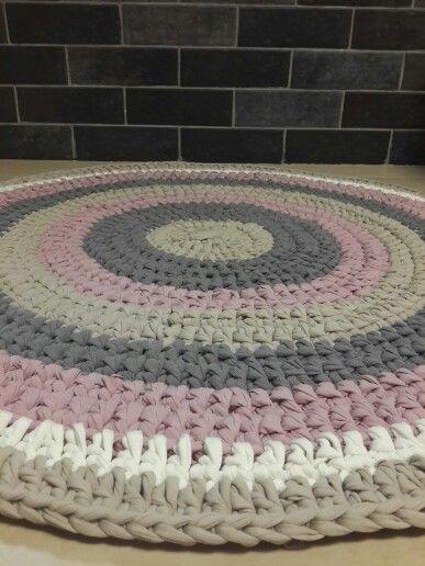 שטיח אביבית