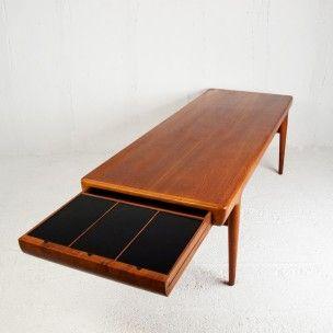 Longue table basse en teck, Johannes ANDERSEN - 1960