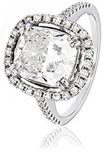 4.70 ct Certificato G/VS2 Centro 4.01 ct Diamante Taglio Cuscino Anello con aureola e diamanti sulle spalle in Oro Bianco 18 K