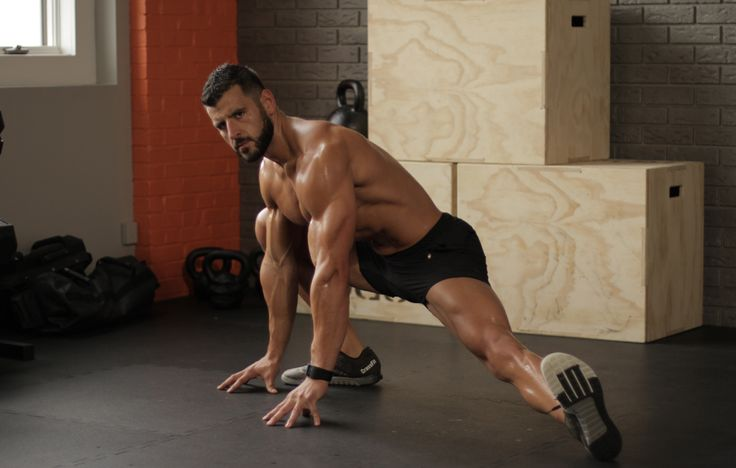 Follow along to this mobility and fat-loss interval workout let by the Men's Health Fitness Director