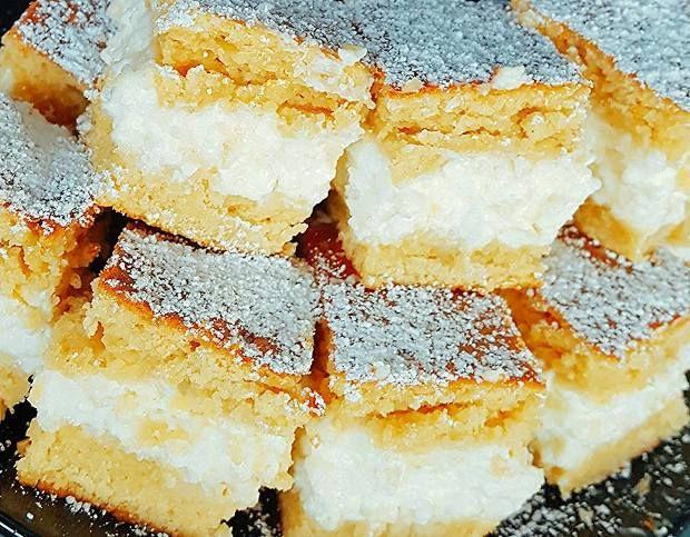 Itt a legújabb álomsüti, ami lenyűgözte a fogyókúrázókat! Isteni túrós töltelék, omlós tésztában: mennyei ízek, cukor nélkül. Prób...