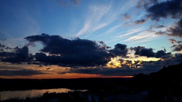 Panorama del Lago di Annone da Civate: tramonto di novembre