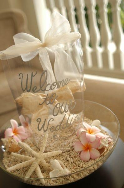 MAnYU Flowers Factory » Recent design 砂浜にプルメリアというハワイアンな雰囲気が可愛すぎます♥ こんな浜辺にいきたくなります(*^^*)
