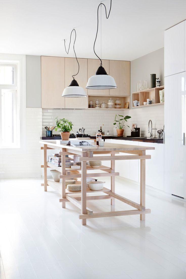 Bygget unik kjøkkenøy