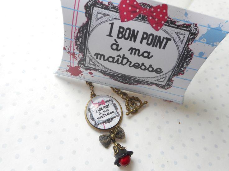 """Collier vintage bronze cabochon verre """"un bon point pour ma maitresse"""" + sa boite cadeau blanc, noir, rouge, : Collier par miss-coopecoll"""
