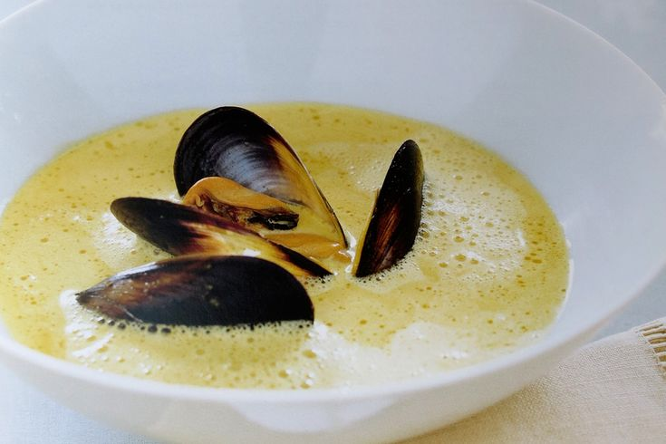 Spiced Mussel and Saffron Soup