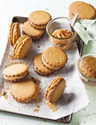 Vanielje-en-karamelkoekies | SARIE | Vanilla and caramel #cookies  Al waarvoor dié koekies vra, is karamel uit 'n blik!