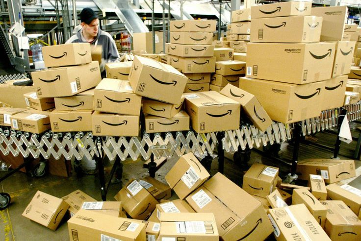 FTC examines claims of Amazon using inflated list prices before signing off on Whole Foods takeover