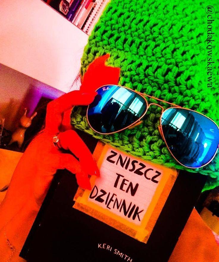 Kolejna ciekawa propozycja. Tym razem ksiązka. A właściwie dziennik. Zniszcz Ten Dziennik. Promuje go nawet Ewa Chodakowska!!! Kreatywna destrukcja potrzebna jest nam wszystkim! :)  #ZniszczTenDziennik #prezent