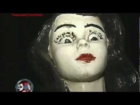 EXN - La BlancaNieves Maldita (HD) A abandoned theme park but still open to visitors, has a moving Snow White, and buried bodies...
