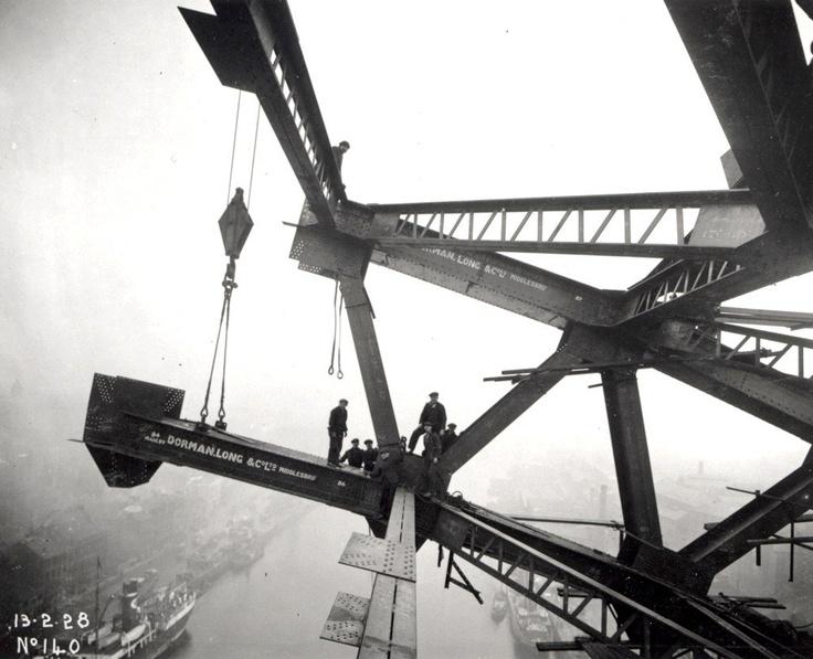 Construction of the new Tyne Bridge, Newcastle upon Tyne, 1928.