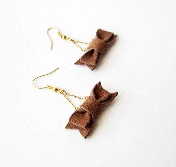 Bow earrings leather bow earing cute earrings dangle by Akamatra, $12.00