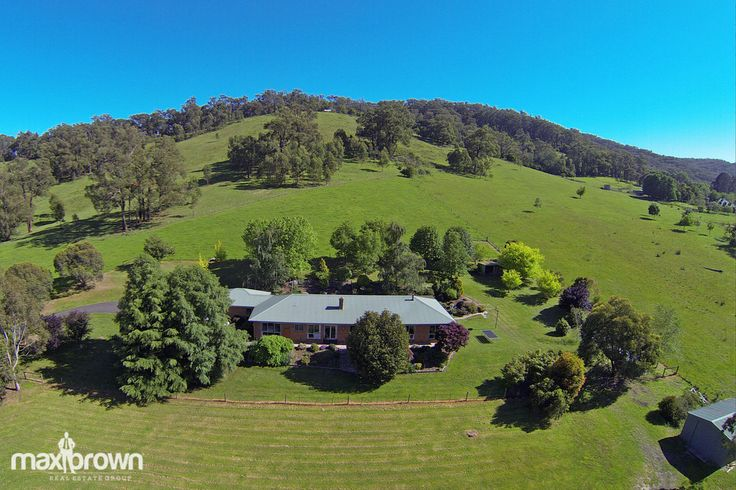 Stunning Property at 127 Killara Rd Gruyere in the heart of the Yarra Valley