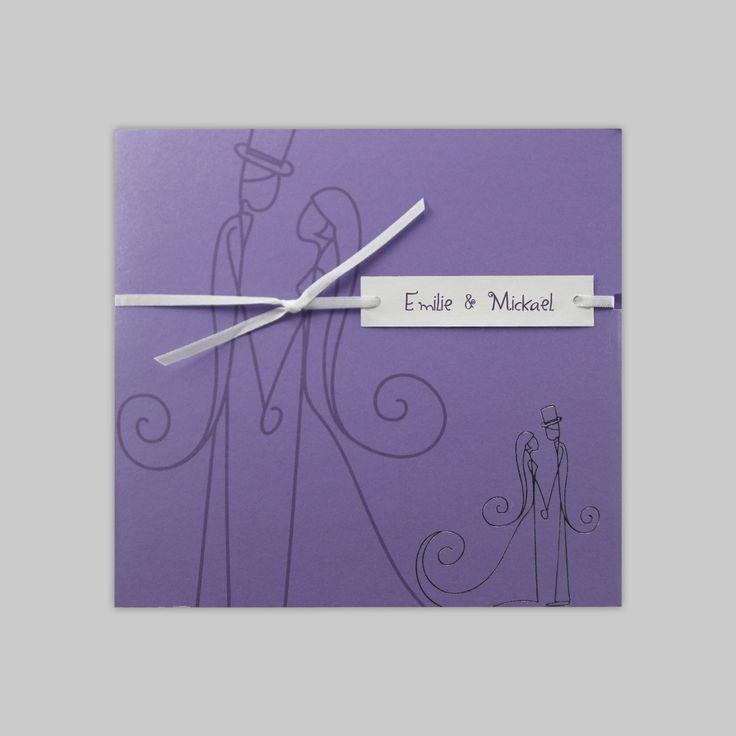 Faire-part de mariage violet avec dessin d'un couple amoureux