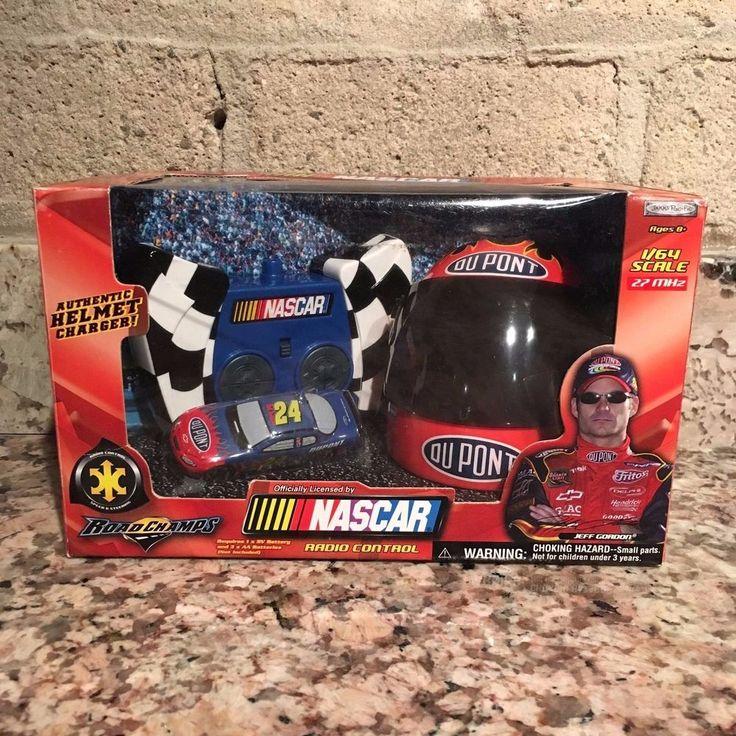 Jeff Gordon No. 24 2003 DuPont 1:64 Scale NASCAR Radio Control with Helmet