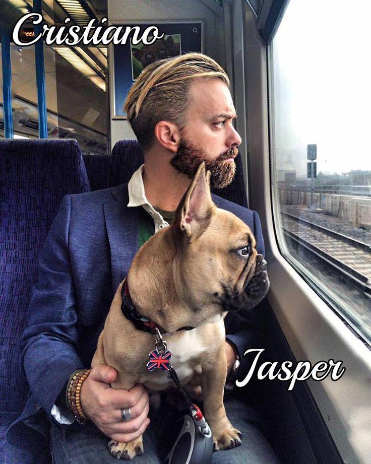 Jasper e il suo umano Cristiano assorti ad ammirare il paesaggio mentre viaggiano per raggiungere #MyDogAndMe