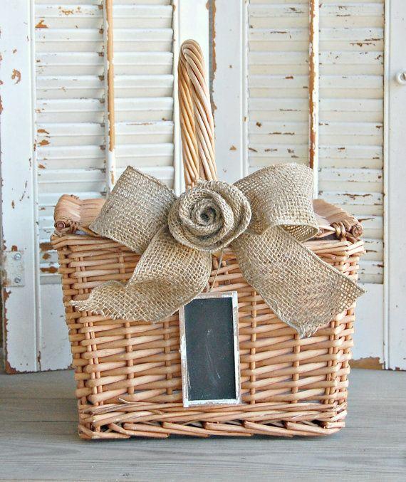 Wicker Basket / Picnic Basket / Rustic Farmhouse by roseflower48#basket #wicker basket #picnic basket