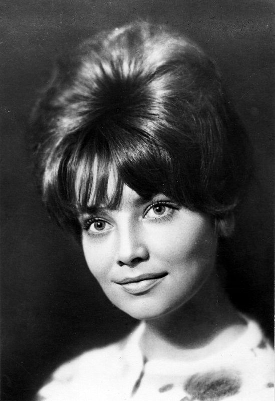 Виктория Яковлевна Фёдорова (18 января 1946, Москва — 5 сентября 2012) - советская и американская актриса, писательница, сценарист.