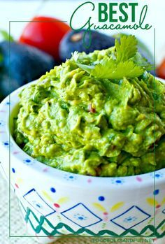 Guacamole Recipe – The Best EVER! This recipe is the best because it's simple, classic, and downright good! It's also quick & easy to make! | simple guacamole | classic guacamole | authentic guacamole | best guacamole recipe