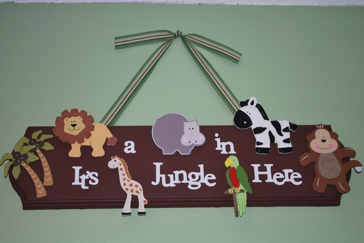 I did this for my son's jungle room with my #cricut!