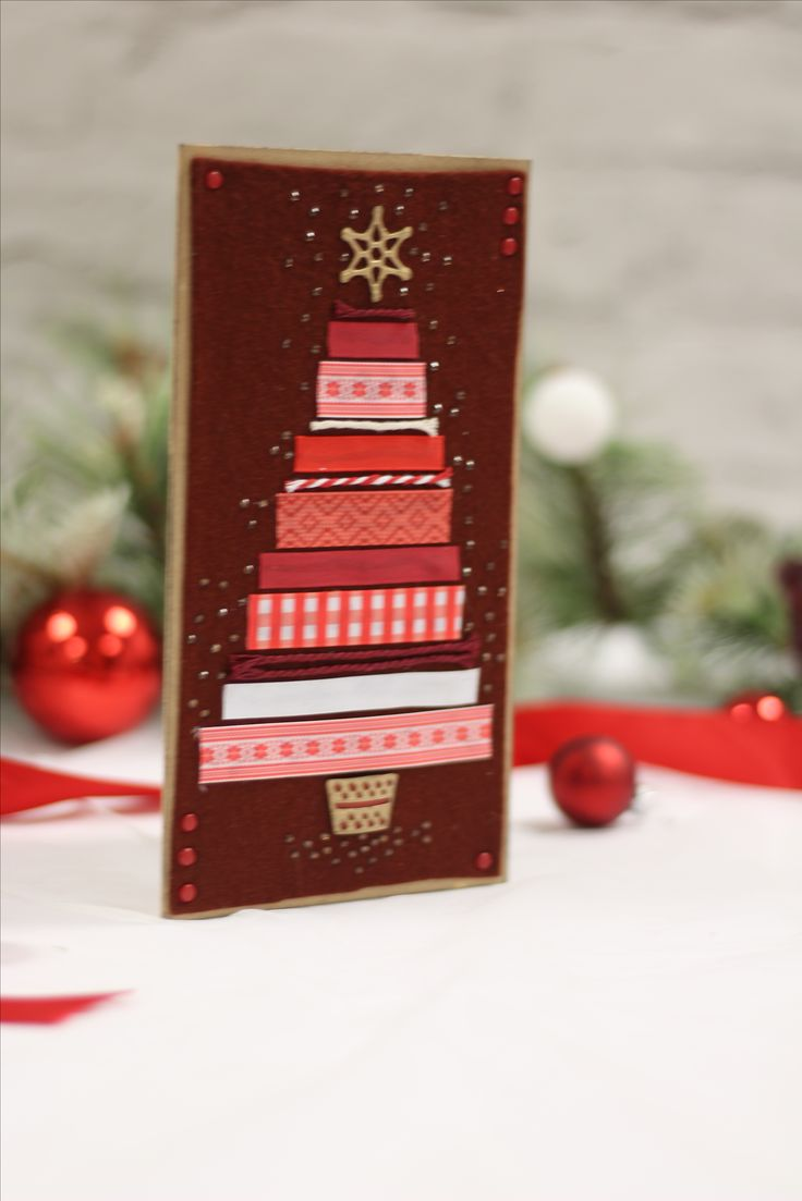 Give your #festive makes a truly Nordic style with the Scandinavian Christmas collection from Sara Davies! #crafterscompanion