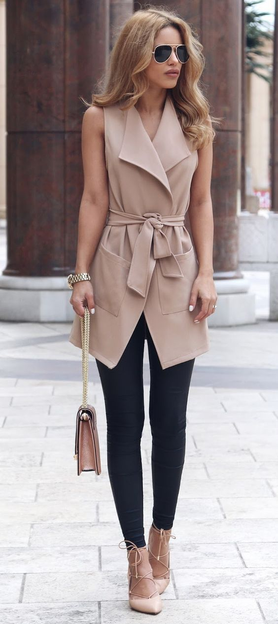 Would love this outfit except I'd choose a different color for the top #style_inspiration_chic