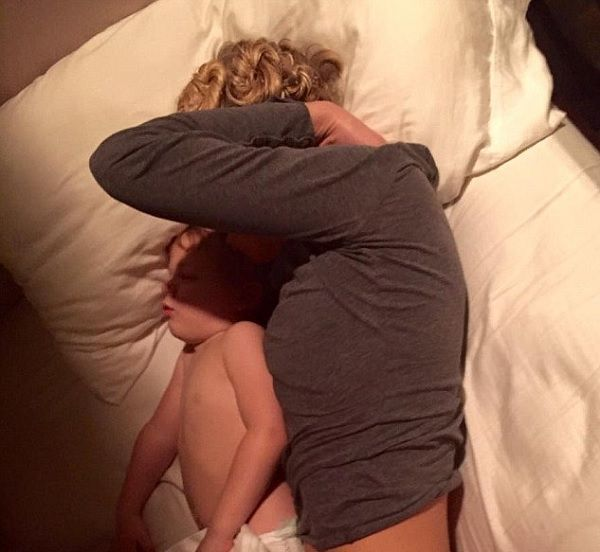 Homenagem de marido � esposa enfermeira viraliza na web (e n�o � para menos)