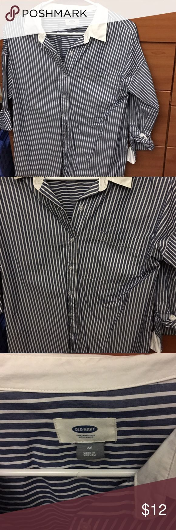 Pinstripe Oxford Style Shirt Boyfriend style women's oxford shirt. Hits below hips so great with jeans or over leggings! Size medium. Wrinkled a bit in photo bc just washed. Old Navy Tops Button Down Shirts