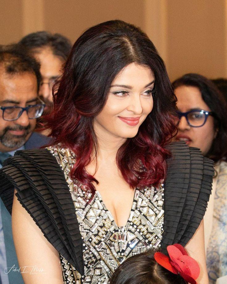 Indian Wedding Hairstyles Aishwarya Rai Wedding Hairstyles In 2020 Indian Wedding Hairstyles Short Wedding Hair Indian Hairstyles