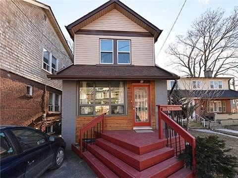 Modern Home for Sale in the Upper #Beaches 1829 E Gerrard St