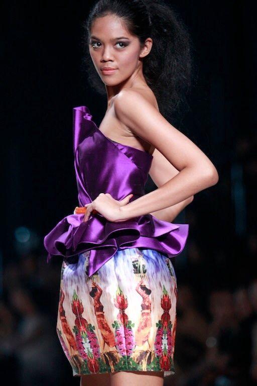 #BILLYTJONG Our 1st Ready To Wear Printed dress on Jakarta Fashion Week13 on Nov 2012 Look 6a