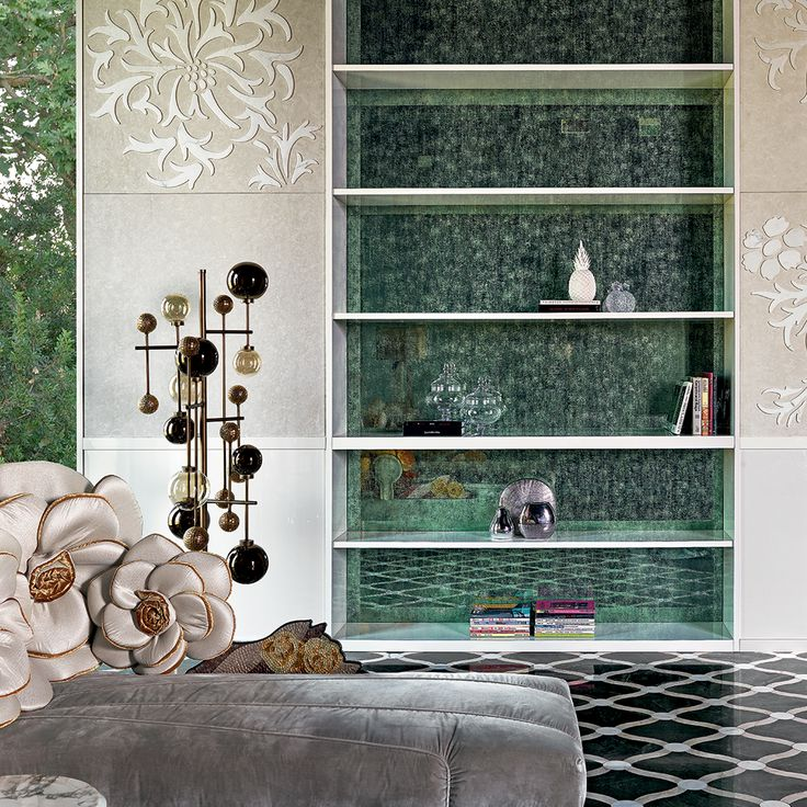 Vetrite is our latest invention, and its applications as a cover are endless. See how we made this bookcase shine with the green hues of our pattern and fine glass slabs? Discover the Vetrite catalogue.