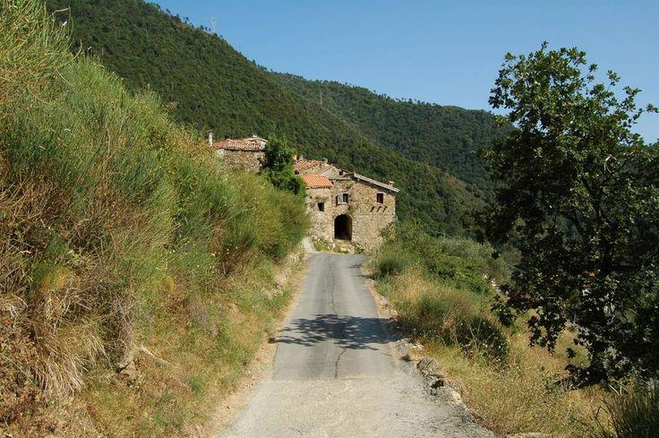 Perinaldo (IM), Frazione Negi, Case Cristai (IX° sec.)