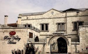#Otel #Oteller #OtelRezervasyon - #Avanos, #Nevşehir - Rose Valley House Avanos - http://www.hotelleriye.com/nevsehir/rose-valley-house-avanos -  Genel Özellikler Restoran, 24-Saat Açık Resepsiyon, Bahçe, Teras, Sigara İçilmeyen Odalar, Hızlı Check-In/Check-Out, Isıtma, Bagaj Muhafazası, Özel Sigara İçilir Alan Otel Etkinlikleri Oda Servisi, Çamaşırhane, Tur Danışma, Faks/Fotokopi, Bisikletler Mevcut (ücretsiz), Havaalanı Servisi (ek ücre...