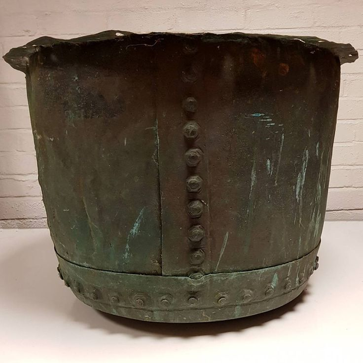 Large antique copper tub/pot/planter from an early laundry device. These would have been found in larger house and hotels in the early 19th Century. Rivetted construction with a convex base - would make a great planter or huge ice bucket for magnums of champers! Beatifully patinated with verdigris. Measures 45cm tall x 58cm diameter. In the shop and on the web site now. #antique #copper #icebucket #verdigris #19thcentury #antiquedealersofinstagram #interiordesigner #interiordesign…