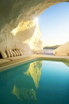 Santorini, Greece - http://www.homedit.com/top-11-most-amazing-greece-hotels-featuring-breathtaking-views/?utm_content=buffer82930&utm_medium=social&utm_source=pinterest.com&utm_campaign=buffer http://calgary.isgreen.ca/outdoor/the-best-things-in-life-are-free-having-fun-with-nature?utm_content=bufferd2b72&utm_medium=social&utm_source=pinterest.com&utm_campaign=buffer