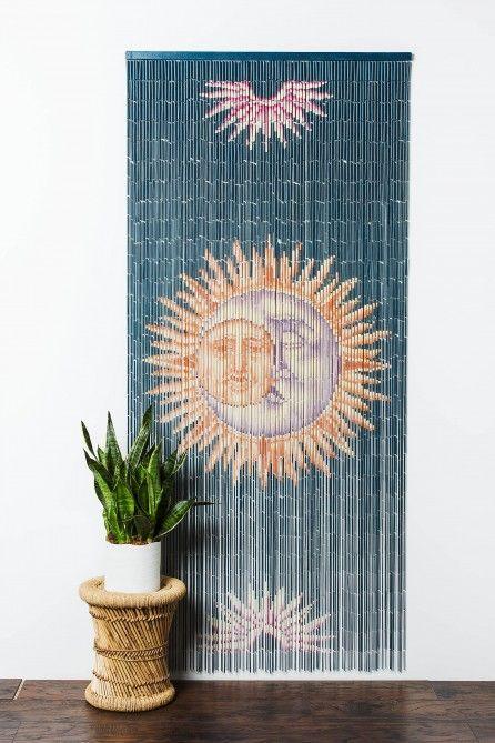 Бамбуковые шторы на дверной проем: 80 гармоничных идей экостиля в интерьере http://happymodern.ru/bambukovye-shtory-na-dvernoj-proem/ Вьетнамские бамбуковые шторы с рисунком