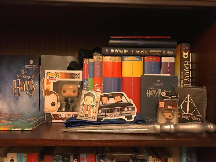 Working in the nerd shelf  #harrypotter #harrypotterbooks #spn #supernaturalfandom #supernatural #fandom #fangirl #crowley #sam #winchester #castiel #angelblade #cosplay #nerdlife #dean #fantasticbeastsandwheretofindthem #pop