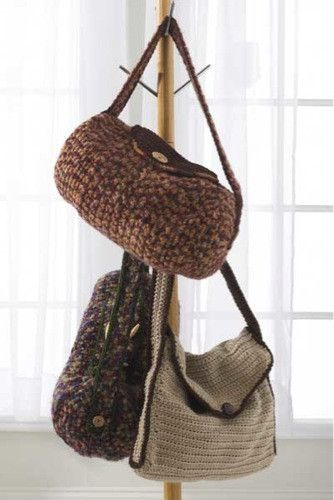 Design by: Marie Murray and Rosemarie Fagan Skill Level: Easy Size: Duffel Bags: 17″ wide x 9″ diameter; Computer Bag: 17″ wide x 15″ tall x 2″ deep. Materials: Yarn Needle; Fiberfill; Super Bulky Wei