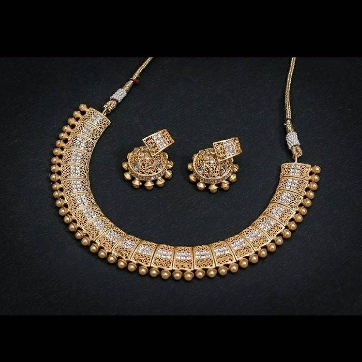 On this auspicious day of #AkshayaTritiya Mirraw is offering a discount of 20% on all jewellery! Buy this Fine Pearl Necklace Set for Rs 4200!  Product ID: 1926552 Worldwide Delivery | 7 day return Policy Visit m.mirraw.com DM or Whatsapp on 91 8291100288  #Jewellery #Gold #Pearl #Necklace #Jhumka #EthnicWear #Fashion #Wedding #Bride #BridalWear #Ethnic #Desi #Design #Glamour #WomensWear #OnlineShopping #Mirraw #InstaPhoto #InstaDaily #InstaLook #InstaLike #InstaClick #InstaGood…