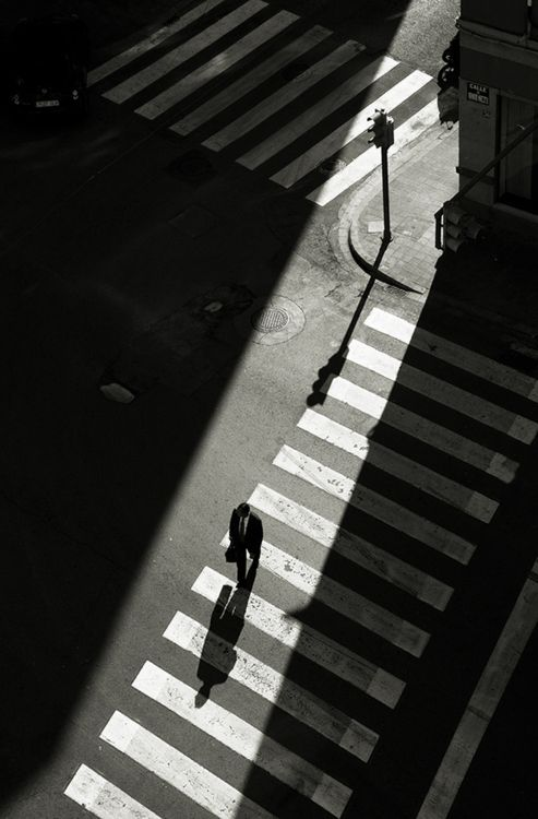 Learn to travel in the shadows .... (http://vpmag.net/inspiration/photography-inspiration-21/)