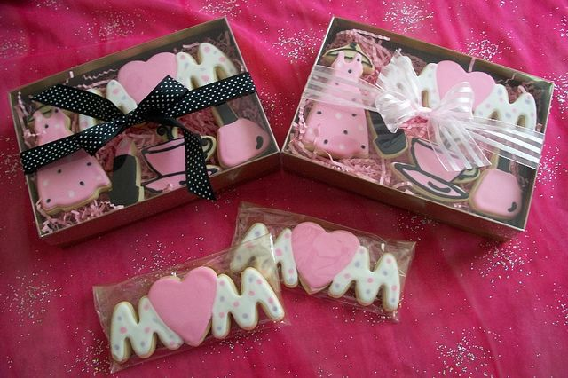 Mothers Day Cookies for Gift Shop by Brendas Cakes - Ohio, via Flickr
