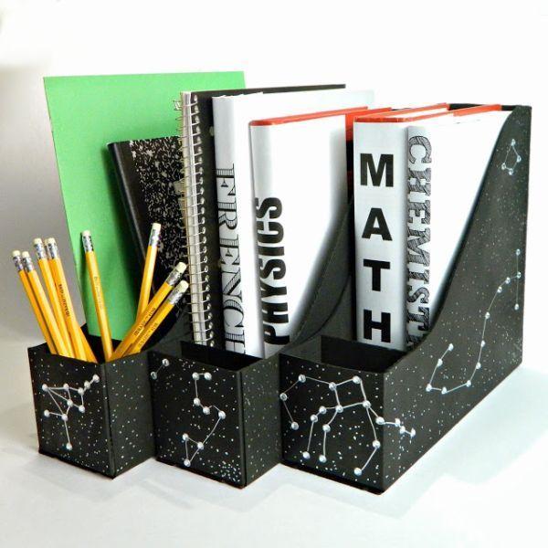 Este porta-livros de material reciclável é diferente e todos adoram.