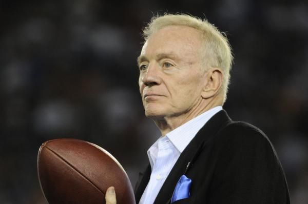 Dallas Cowboys owner Jerry Jones reiterated his support for Ezekiel Elliott on Sunday in the year-old allegations of domestic violence…