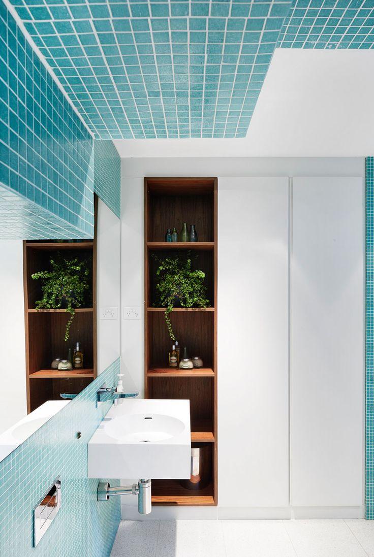6 Bathrooms that Feature Tiles
